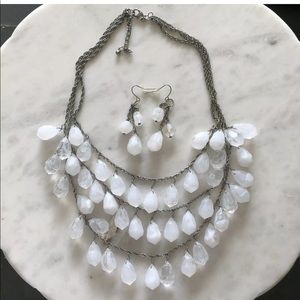 Premier Designs Ice Frost Beaded Necklace Set